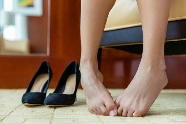 Omiljene cipele su vam napravile žulj? Evo kako da ga pravilno tretirate