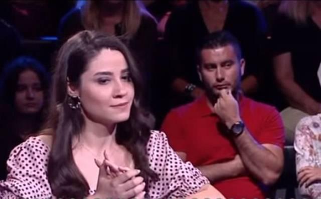 """Bruka u turskom """"Milioneru"""": Ni takmičarka ni publika nisu znali odgovor na najlakše pitanje ikad!"""