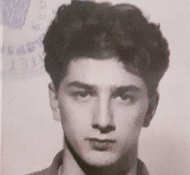Danas nijedna žena ne ostane ravnodušna kada ga vidi, a da li ga prepoznajete na fotografiji od pre 25 godina?