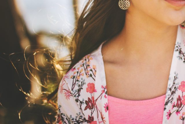 Ne dozvolite promene: Kako da vam koža vrata zauvek izgleda mladoliko?