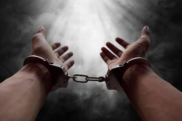 Zbog čega sve možete biti uhapšeni: Najbizarniji zakoni evropskih država