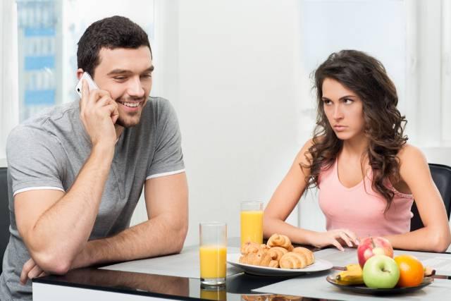 7 situacija u kojima nikako ne treba da pravite ljubomorne scene