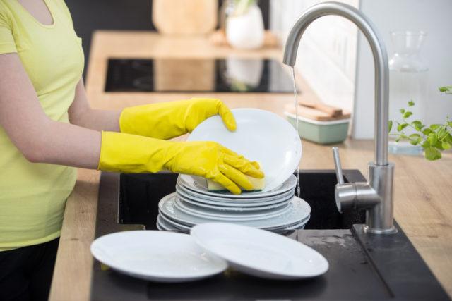 10 kućnih poslova na koje gubimo vreme i novac