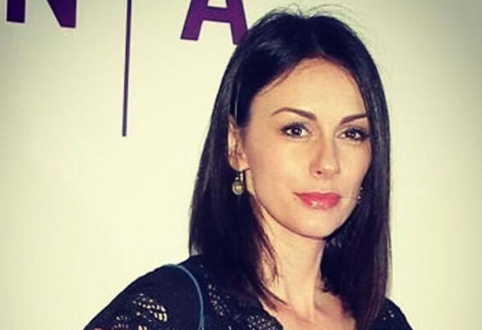 Sloboda Mićalović objavila fotku u vamp kombinaciji i Monika Beluči je morala da ostavi komentar