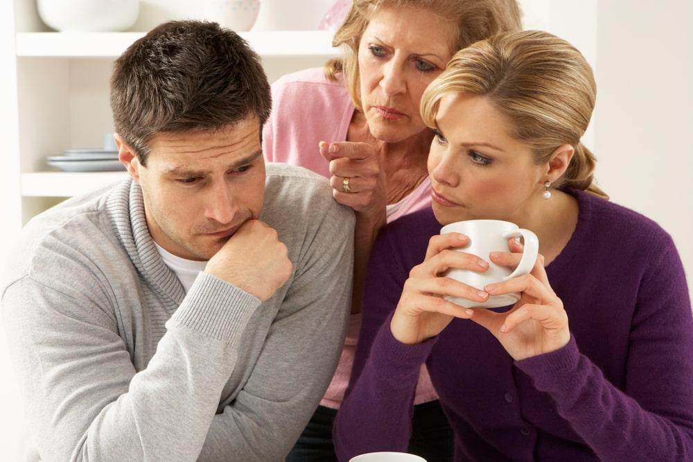 10 znakova da se vaša žena pretvara u svoju majku