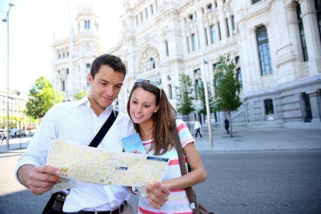Iz koje susedne zemlje nam dolazi najviše turista?