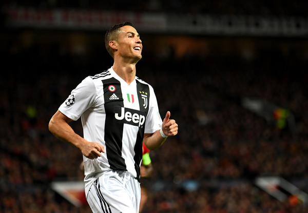 Ronaldova proslava gola koja će se sigurno dopasti njegovim ženskim fanovima! (FOTO)