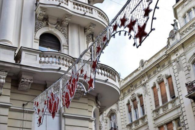 Pali se novogodišnja rasveta: Evo kada će Beograd zasvetleti