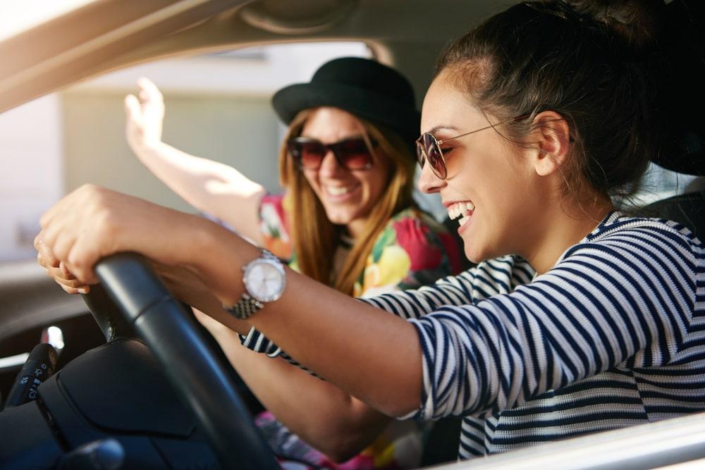 Šta slušate dok vozite: 5 najopasnijih pesama tokom vožnje