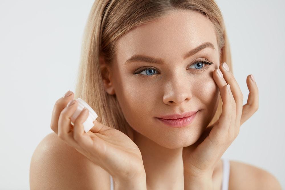 4 navike koje vam uništavaju kožu