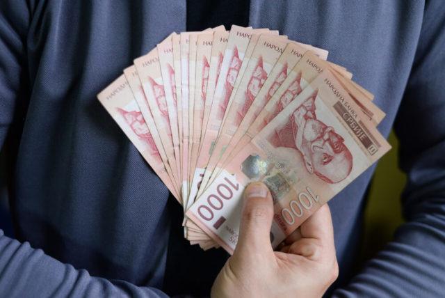 Beograđanin otkriva kako je s platom od 42.000 za 3 meseca uštedeo 1.000 evra