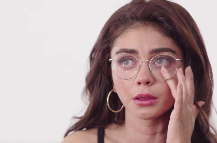 """Zvezda serije """"Moderna porodica"""" u emotivnom intervjuu pokazala ožiljke od 16 operacija"""