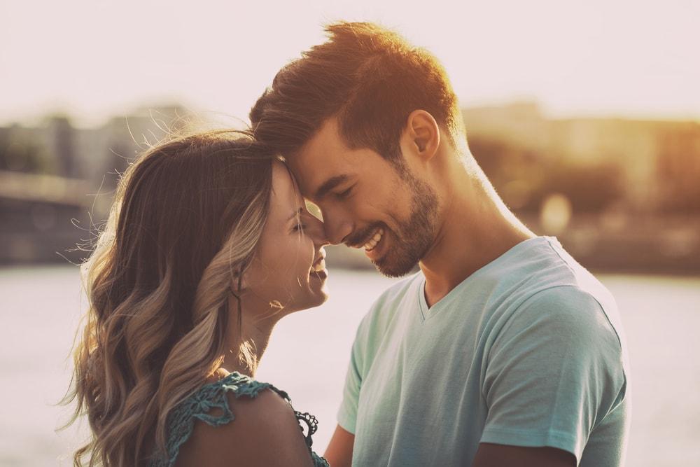 Dve stvari koje skoro svaki muškarac krije od svoje partnerke