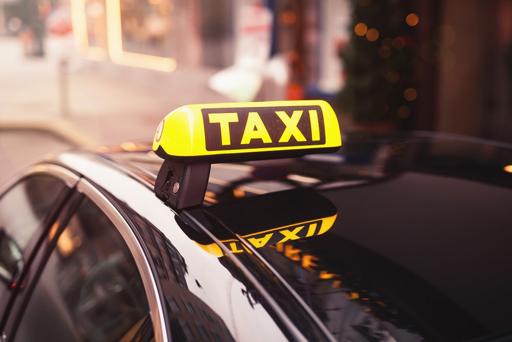 Taksisti u Jagodini besplatno prevozili penzionere!