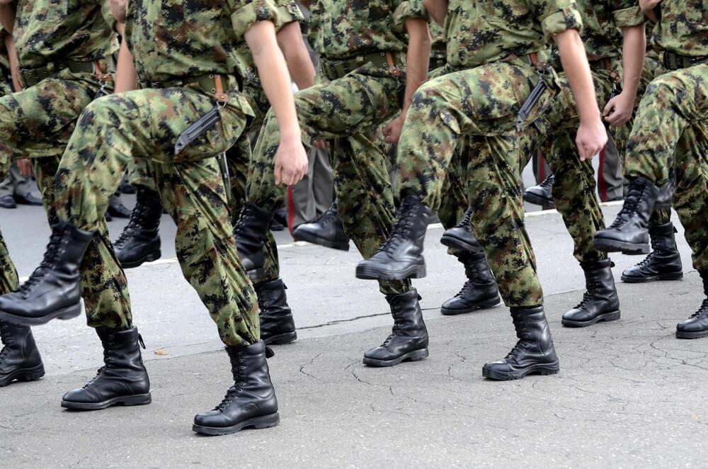 Ponovo se uvodi obavezno služenje vojnog roka
