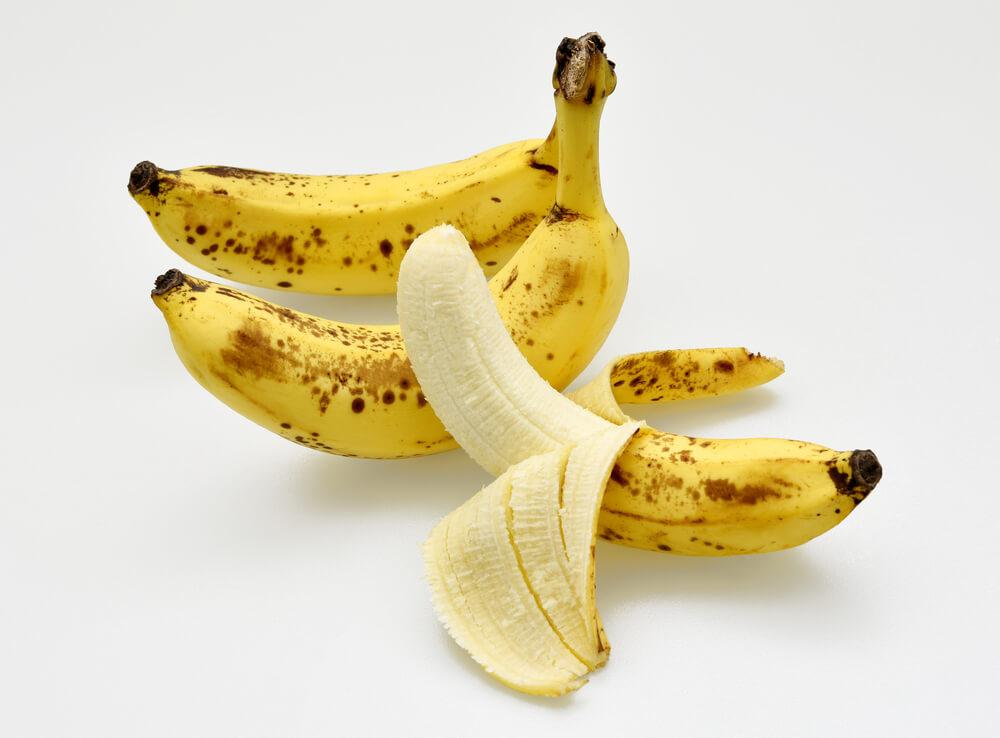 Šta se zapravo događa ako pojedemo bananu sa tačkicama?