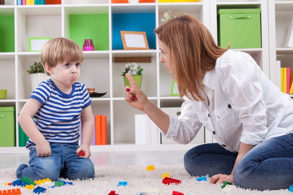 Pretnje i kazne neće uroditi plodom: Savetnik za roditelje upozorava gde greše