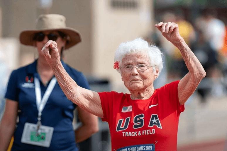 Starica ima 103 godine, a trči kao uragan!