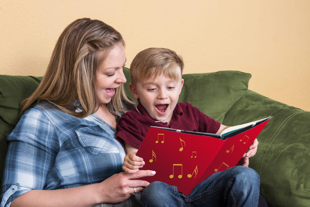 Najpopularnije pesmice koje su nam pevali roditelji