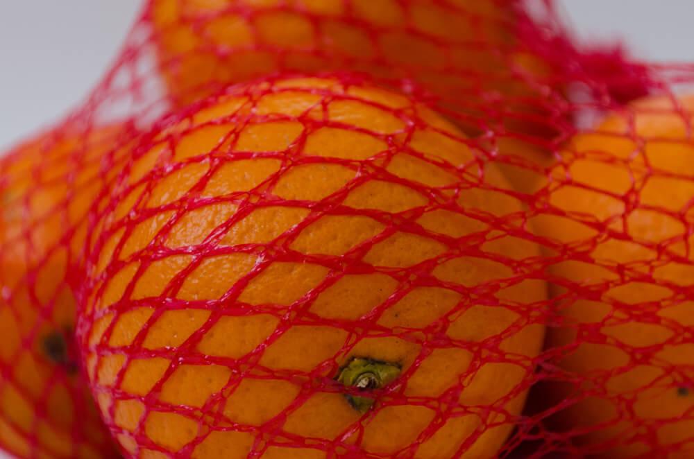 Zašto se pomorandže prodaju u crvenim mrežicama?