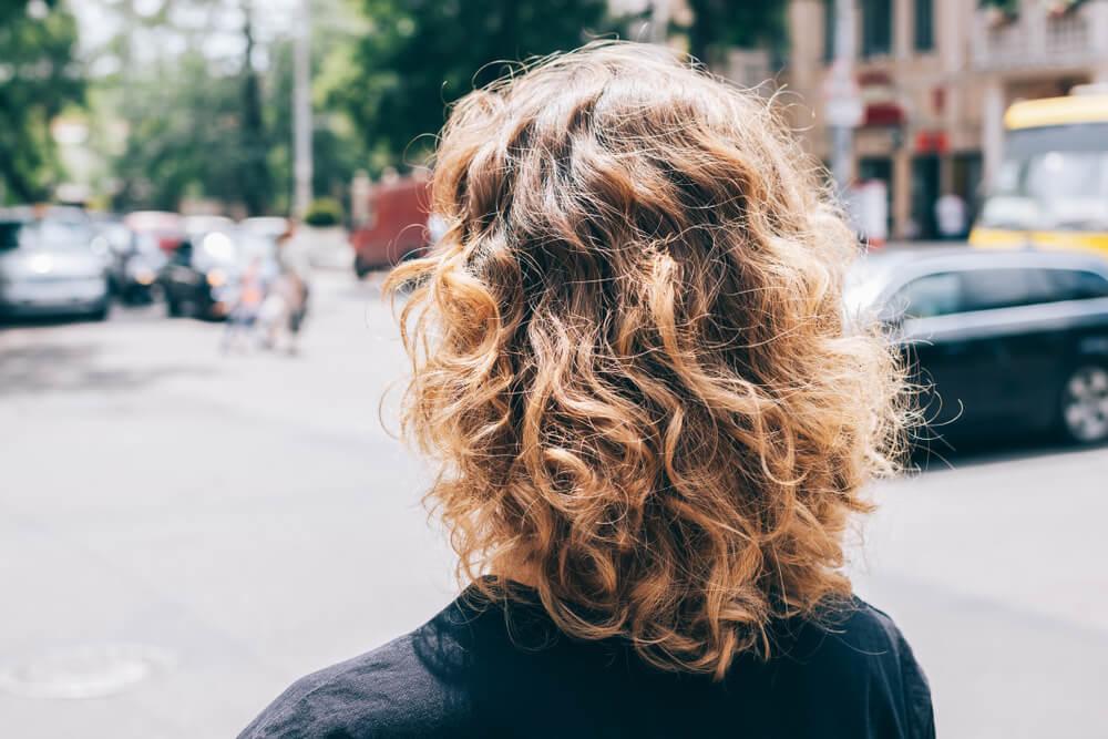 Ovo su savršene frizure za žene koje nemaju puno vremena
