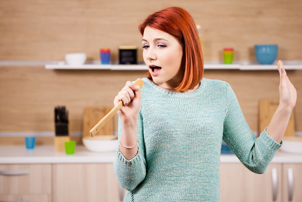 Pevanje je dobro za zdravlje! Zašto se osećamo sjajno dok pevamo?