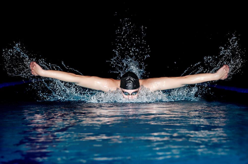Plivanje, samo tri puta nedeljno, oblikuje telo