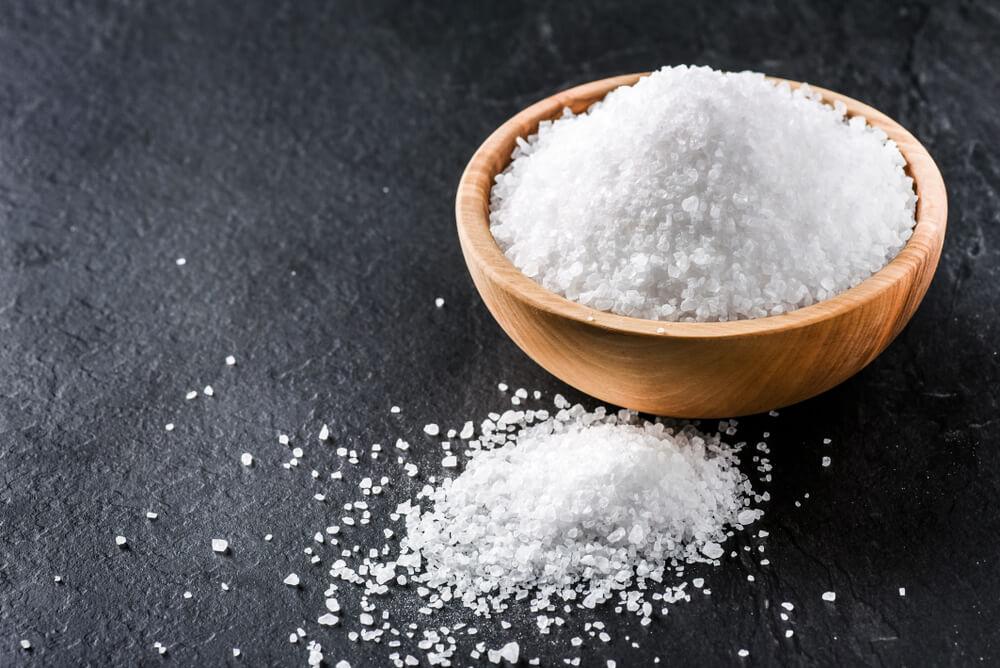 10 promena koje ćete doživeti kada smanjite so u ishrani
