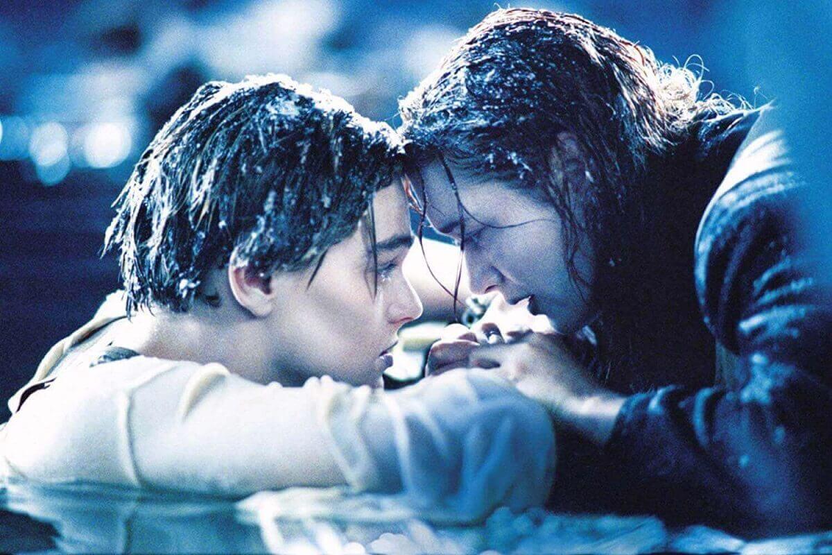 """Bred Pit ima pitanje o """"Titaniku"""" i svi želimo odgovor!"""