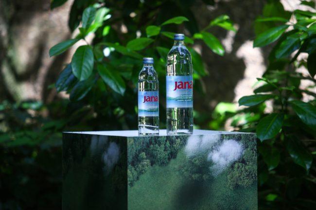 JANA KRUNISANA ZLATOM – Svetsko priznanje za Jana vodu
