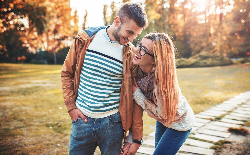 10 komplimenata koje žene vole da čuju od muškaraca