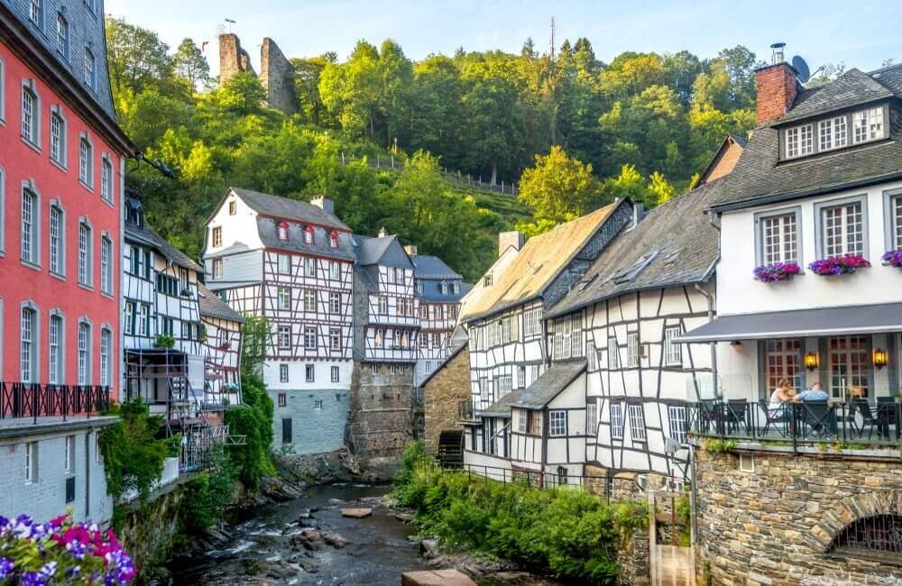 Nemački gradić toliko poseban da do njega ne idu ni vozovi ni autobusi