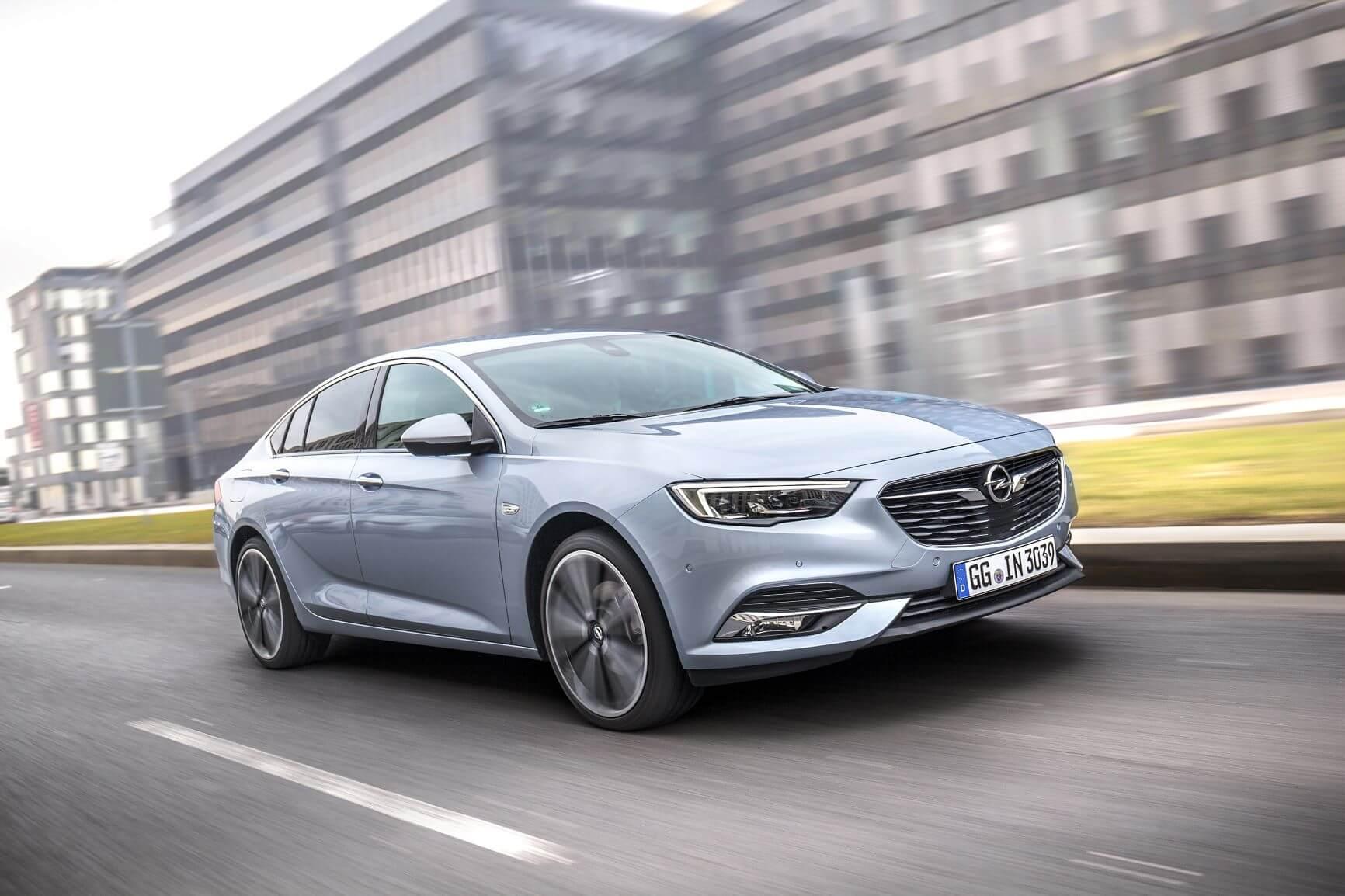 "Opelova prednja kamera osvojila nagradu ""Car Connectivity Award 2019"""
