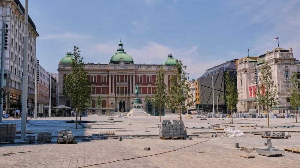 Završeno preslaganje kocki na Trgu republike