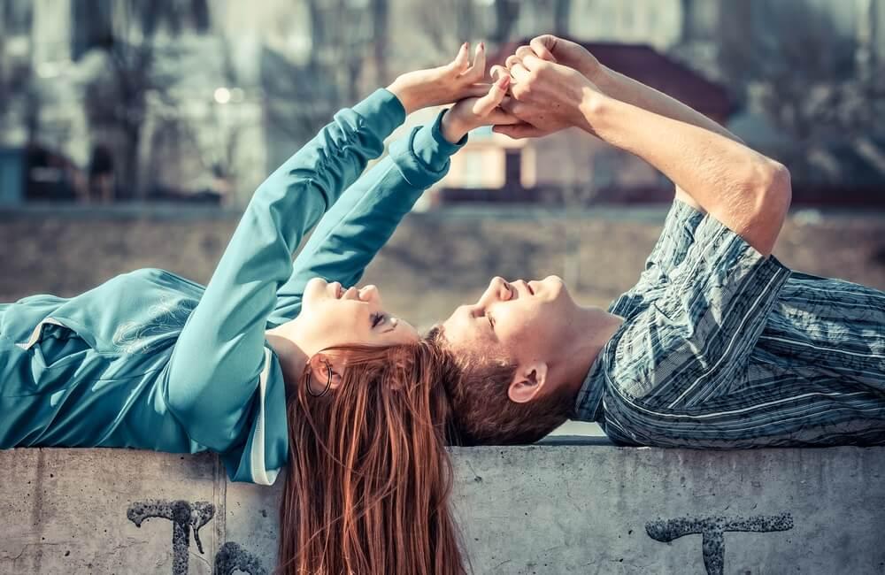 Koliko vremena parovi u srećnim vezama provode odvojeno