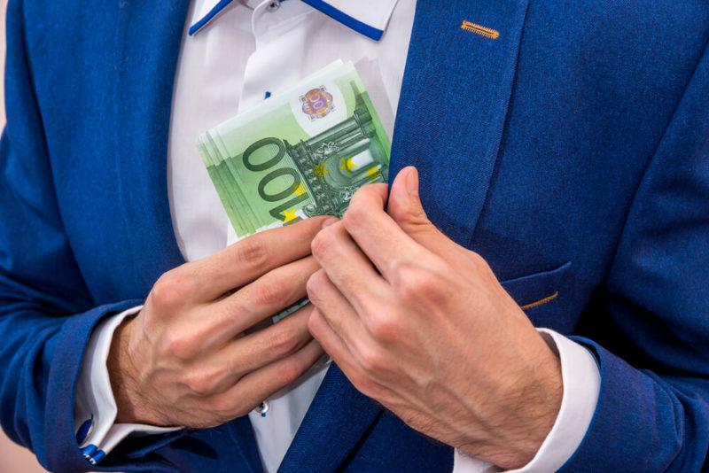 Evo kada ćemo svi dobiti obećanih 100 evra!