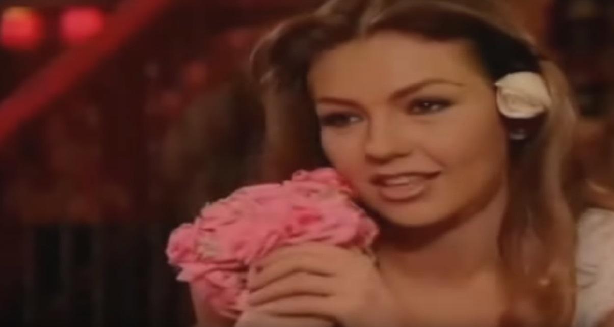 """Zvezda serije """"Rosalinda"""" u petoj deceniji oduševila u bikiniju"""