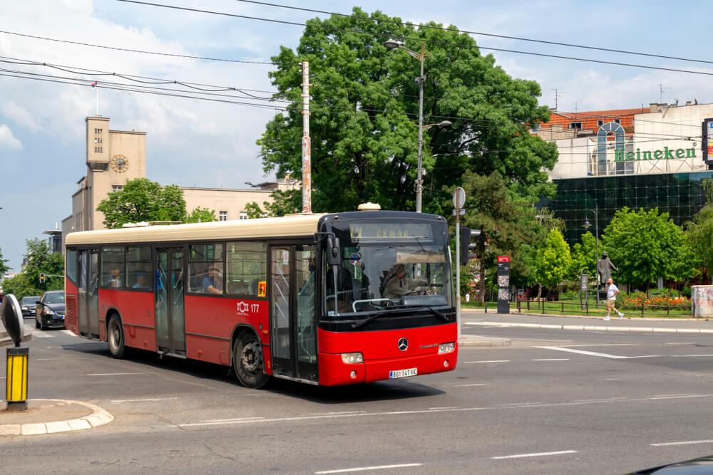 Ko će sve smeti da uđe u javni prevoz?