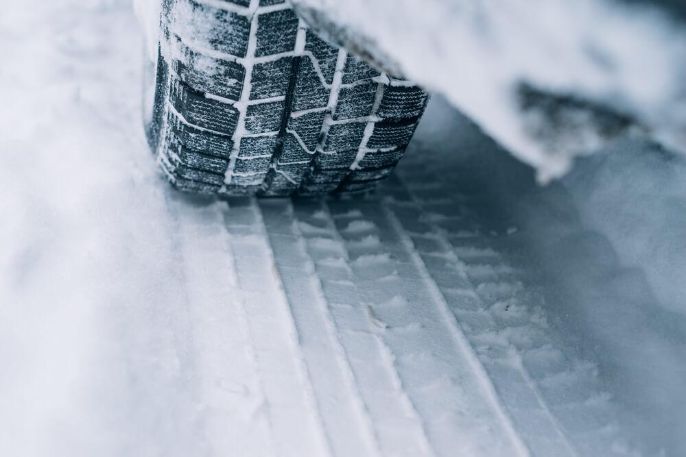 Vožnja u zimskim uslovima – koje su česte greške koje pravimo