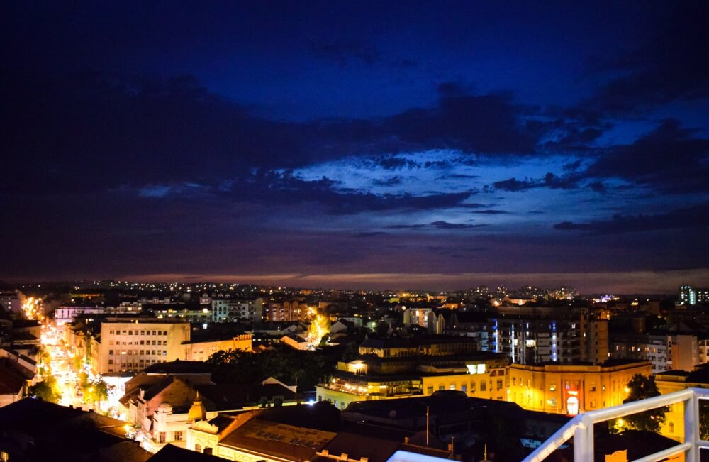 Grad u Srbiji pokrenuo inicijativu za zabranu rada nedeljom!