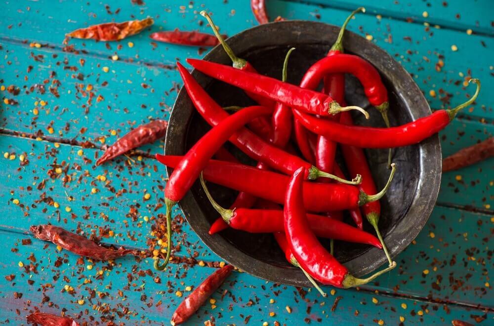 Evo šta će se dogoditi ako često jedete ljute papričice 🌶