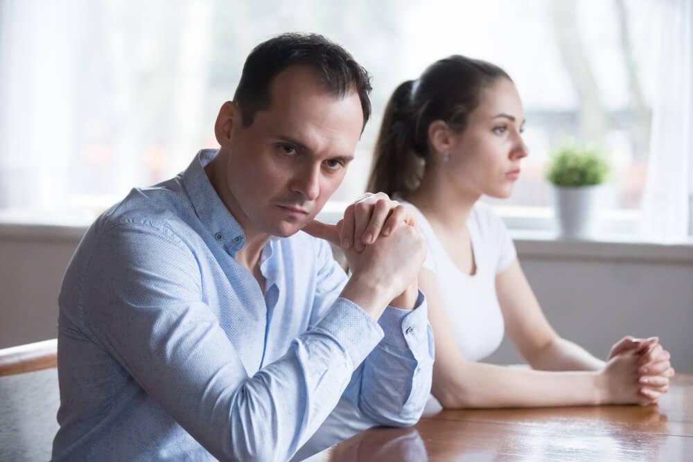 Kako zauvek izbeći ljubomoru u vezi