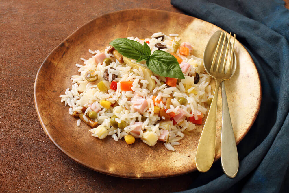 Recept dana: Kineska salata od šunke, cvekle i pirinča