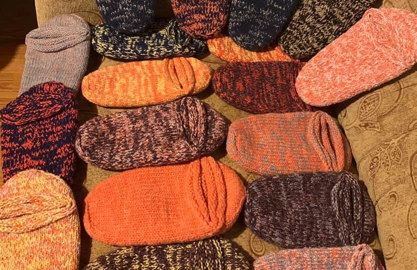 Kako su vunene čarape preko noći postale hit u Srbiji 🧦