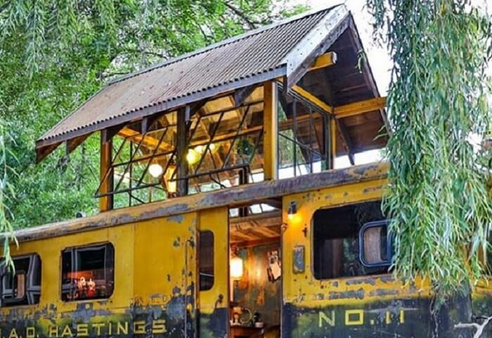 Bračni par od vagona napravio kuću iz snova 🚃