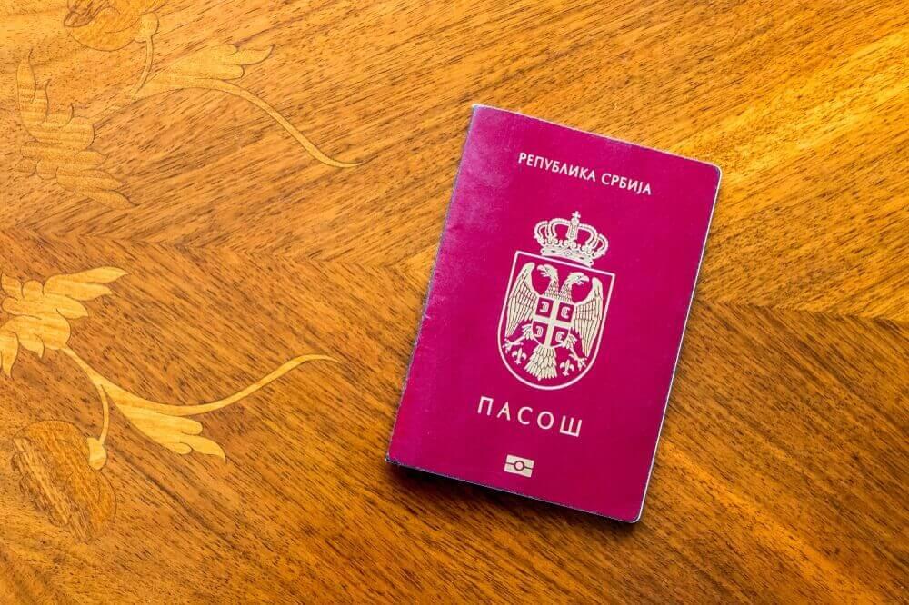Najpopularniji Amerikanac u Srbiji konačno dobio državljanstvo!