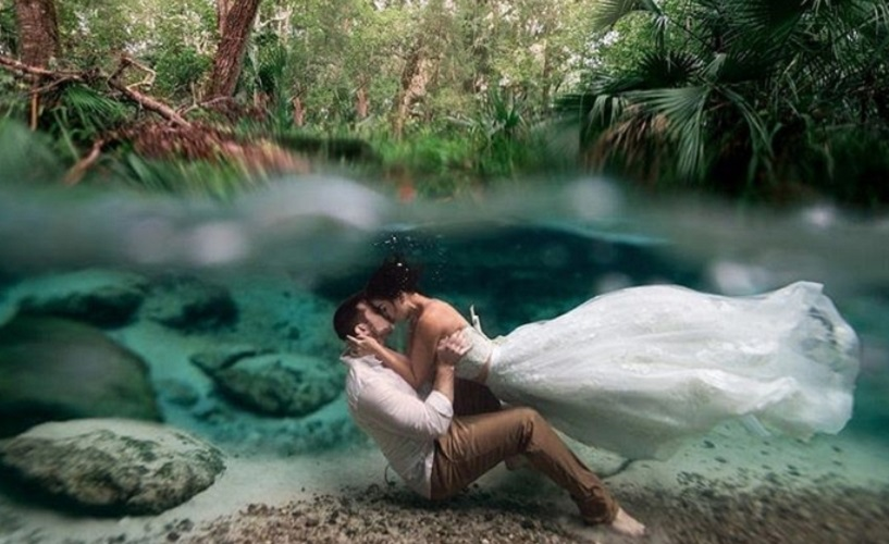 Fotografija venčanog para jedna od najboljih na takmičenju podvodne fotografije