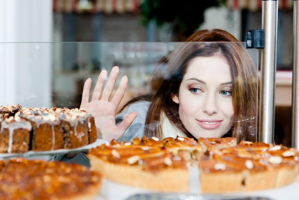Razlozi zašto ne možete da prestanete da jedete slatko