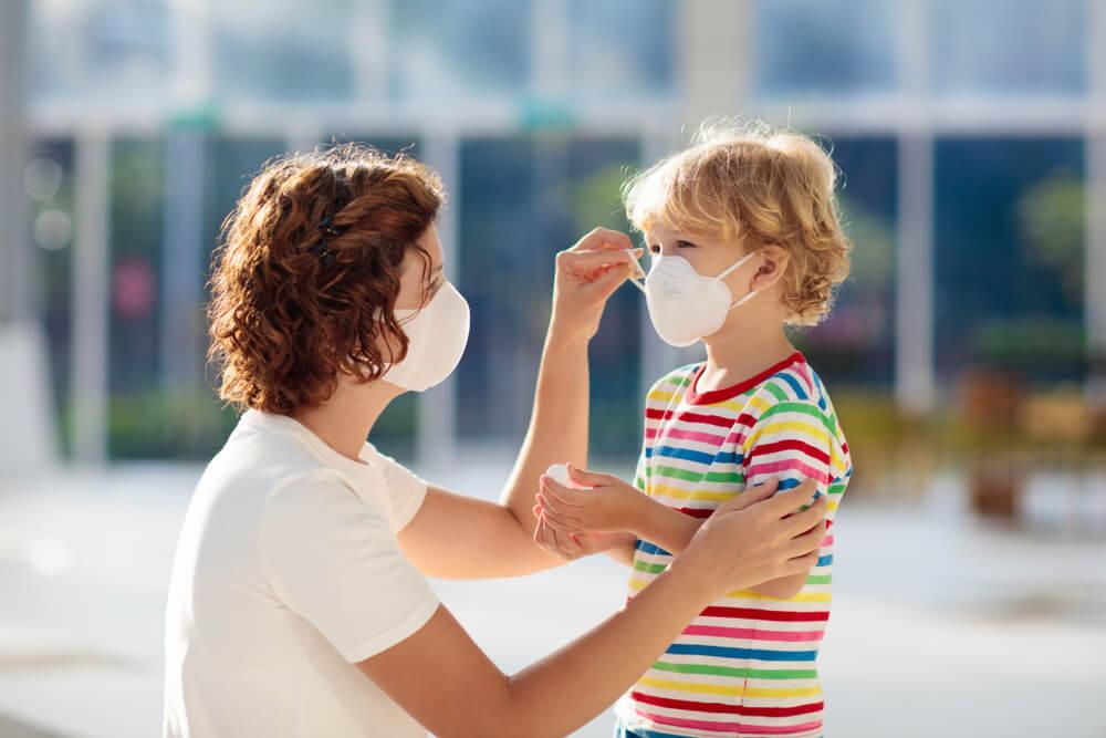 Stručnjaci savetuju – kako da razgovarate s decom o virusu