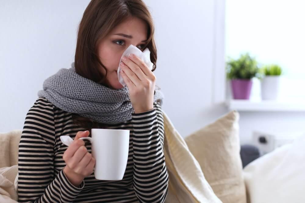 Koja je razlika između alergije, gripa i koronavirusa?